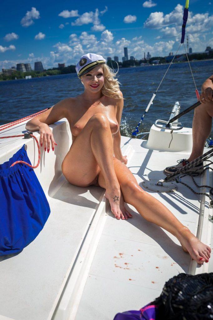 Проститутка Пушкино готова отдаться